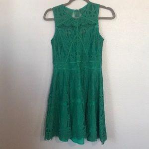 Adelyn Rae Green Dress Size S